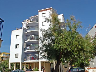 Photo for 2 bedroom Apartment, sleeps 5 in Roses with Air Con