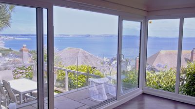 Photo for Detached Bungalow With Panoramic Ocean Views
