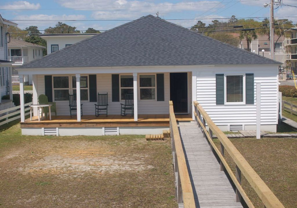 White Cap Ocean Front Single Family Private Home North Myrtle Beach