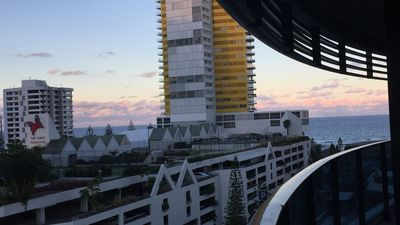 Photo for At 'Oracle' Broadbeach- City & Sunset Views, By Beach,Dining,Entertainment