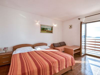 Photo for Apartment Luka in Pakoštane/Drage - 5 persons, 2 bedrooms