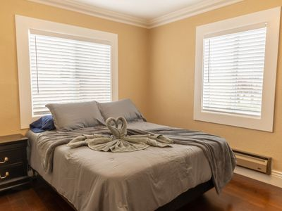 Photo for ★ Charming 1-Bedroom, 5-mins to Hayward BART ★