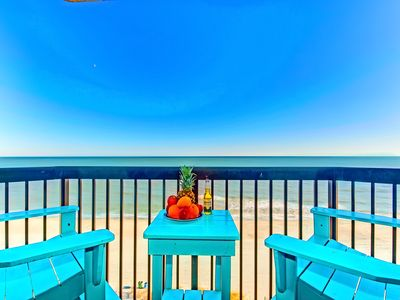 """Photo for WOW COMPASS COVE END CONDO/KING/ CORNER/DIRECT OCEANFRONT/FIREPLACE60""""TV/XBOXONE"""