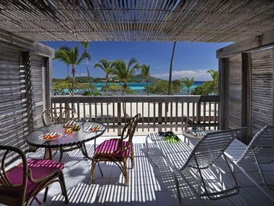 Sapphire Beachfront Condo  SALE 10% OFF 7NTS June - July View of Paradise