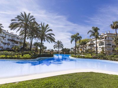 Photo for 2 bedroom apartment Hacienda Naguelles, Marbella Golden Mile.