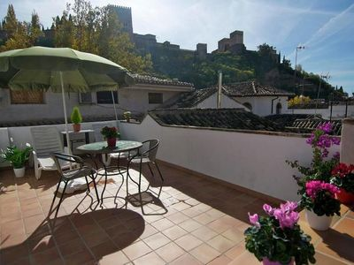 Photo for City apartment with private terrace and stunnings views of the Alhambra