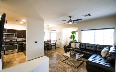 Photo for Townhome Viscaya, 3 Spacious Bedrooms, 2.5 Bathrooms