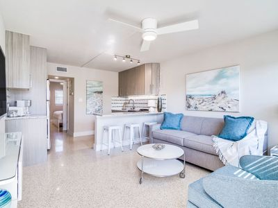 Photo for NEW LISTING!!! 1BR Apartment with amazing beach access! Walk to the Pier!