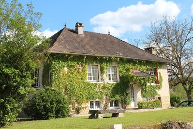 Holiday Home with Large Private Pool And Hill Views In The Heart Of The  Dordogne - Condat-sur-Vézère