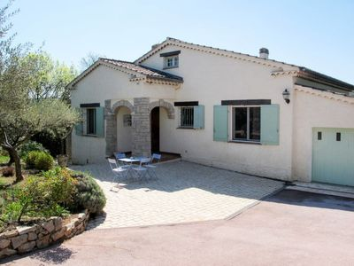 Photo for 3 bedroom Villa, sleeps 6 in Carcès with Pool and WiFi