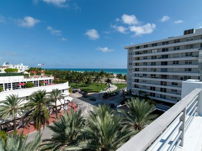 Miami Beach 3BD Luxury Condo Suite (201)