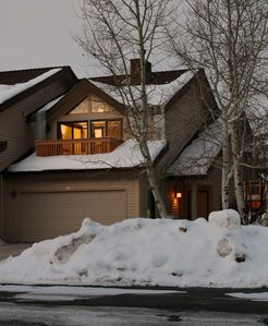 Photo for Updated Modern Townhome In Lower Deer Valley