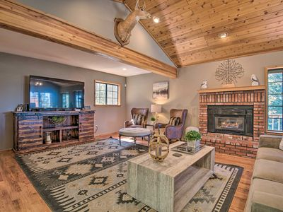 Photo for Spacious Pine Mtn Club Cabin w/Game Room+Deck