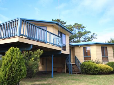 Photo for Pegasus Retreat - Fantastic location, close to shops and patrolled beach