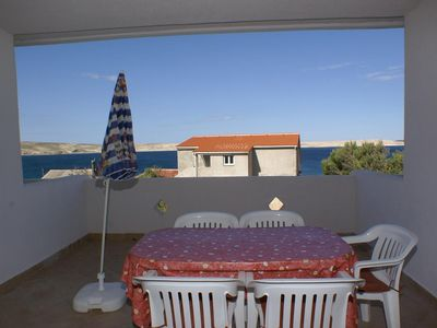 Photo for One bedroom apartment near beach Kustići (Pag)