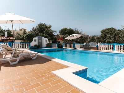 Photo for Private Pool Villa - 1.5km from Armacao de Pera Beach - Free Wifi