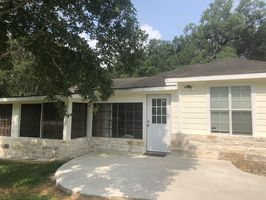 Photo for 3BR House Vacation Rental in Louise, Texas