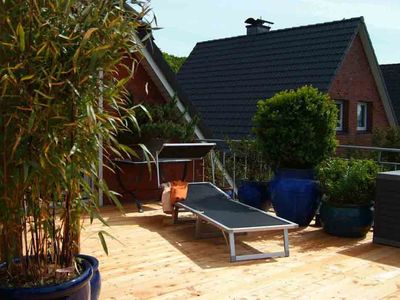Photo for Relax PUR on the large roof terrace 42 sqm beach chair - fantastic view