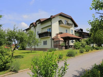 Photo for Studio flat with air-conditioning Donji Vaganac (Plitvice)
