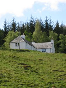 Photo for Peaceful Highland cottage sleeping 6 in comfort