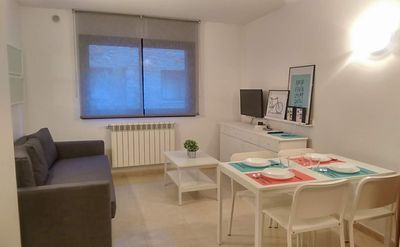 Apartment 4 people in front of access to El Tarter slopes, parking and free WIFI