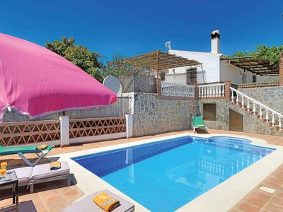 Photo for 3 bedroom Villa, sleeps 5 in Coria del Río with Pool, Air Con and WiFi