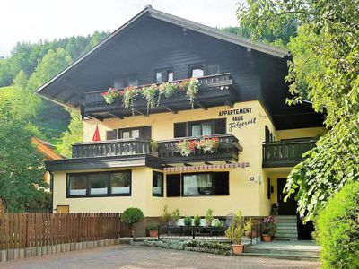 Photo for 2 bedroom Apartment, sleeps 4 in Zell am See with WiFi