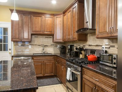 Photo for Newly Renovated Place! Affordable For Large Group! 4 Smart TVs bring your shows.