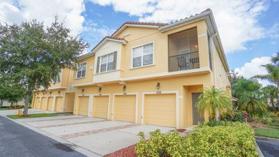 Photo for Charming 2 bedroom /2 Bathroom Condo right by the pool in Oakwater Resort!