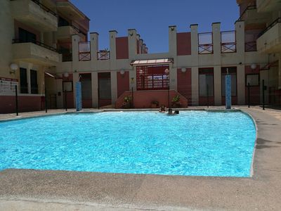 Photo for Apartment with Playa de Arinaga Pool for 4 people
