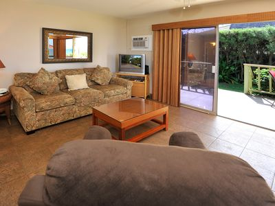 Photo for Ocean front!  Door is just steps away from Sugar Beach! Kihei  Kai Unit #1