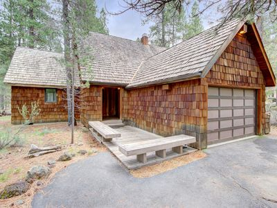 Photo for Cozy lodge w/ private hot tub, SHARC passes, entertainment & scenic yard!