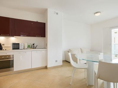 Photo for Three-Room Apartment close to Lugano Center - PRESTIGE 38