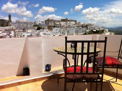 Photo for Casa Rivas - pretty Andalucian house in old town - fantastic roof top view