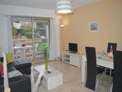 Photo for Apartment Saint-Raphaël, 3 rooms, 4 persons