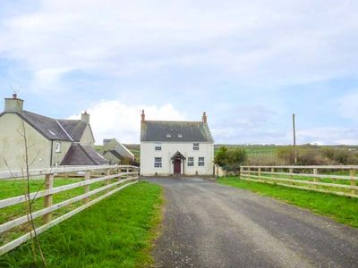 Photo for PRIMROSE HILL FARM, family friendly in Pembroke, Ref 950600