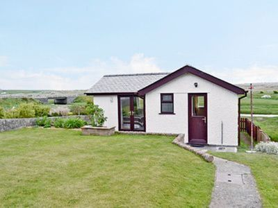 Photo for 1 bedroom property in Rhosneigr and Aberffraw. Pet friendly.