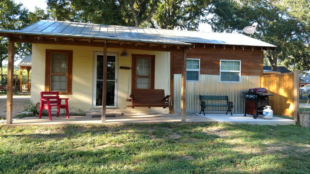 casita blu uno 1930s era 1 bedroom cabin hunt texas hill