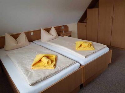 """Photo for Apartment with extra bed for max. 4 persons - Gasthof & Pension """"Zur Friedenseiche"""" (Guesthouse)"""