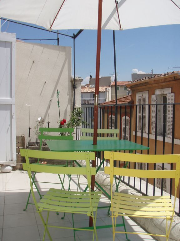 Location Appartement Marseille T2 Avec Terrasse Quartier