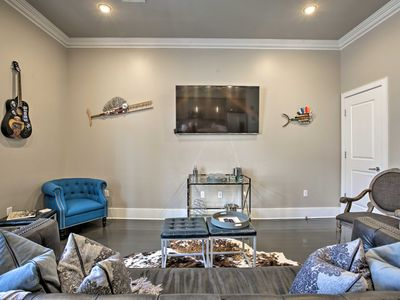 Photo for Luxury New Orleans Condo - 1 Mi to French Quarter!