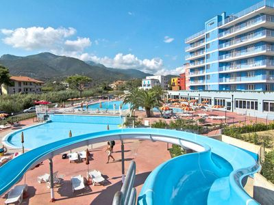 Photo for One bedroom Apartment, sleeps 2 in Loano with Pool, Air Con and WiFi