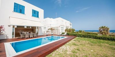 Photo for Oceanview Luxury Villa 062