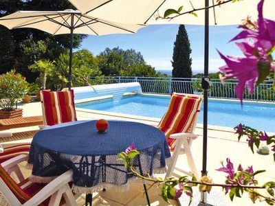 Photo for Villa St. Aygulf with private pool, climate and sea view, for families + dog