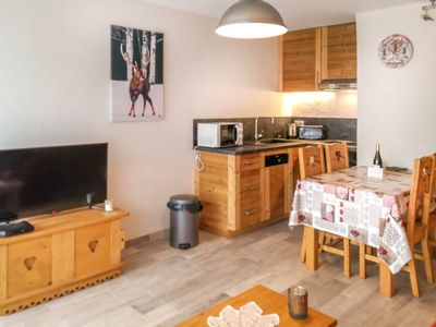 Photo for MAJOR C5 - Two Bedroom Apartment, Sleeps 6