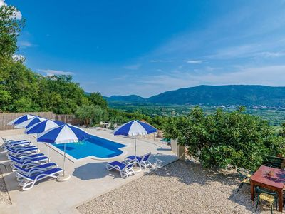 Photo for 5 bed villa close to Dubrovnik