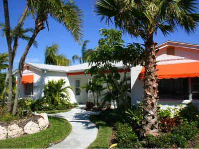 Photo for Tangerine Dream 2/2 Cottage, 2 Heated Pools, Clearwater Beach