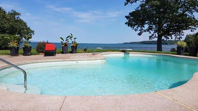 Photo for Magnificent Lakefront House - Niagara on-the-lake!