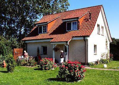 Photo for Holiday apartment Ummanz for 1 - 4 persons with 2 bedrooms - Holiday apartment