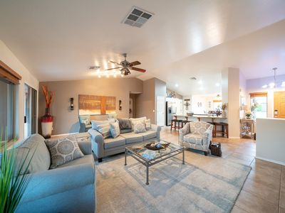 Photo for Dragonfly Destination! Great patio with built in grill!